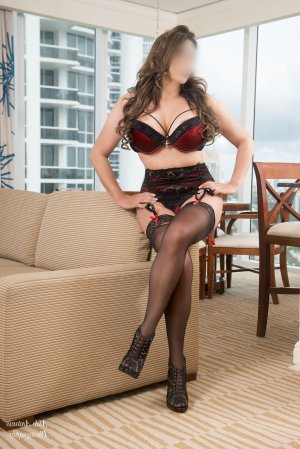 Liliana escorts in Letchworth Garden City, UK
