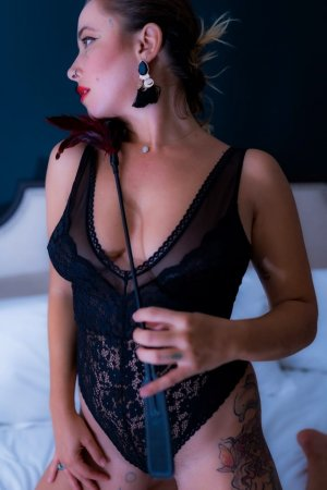 Cheyene escorts in St Helens